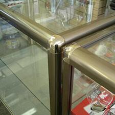 Торговое оборудование из алюминиевого профиля